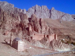 Das alte Beyzit - Festungsruine und Kuppelmoschee