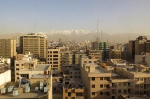 Ein Blick auf die Dächer von Teheran