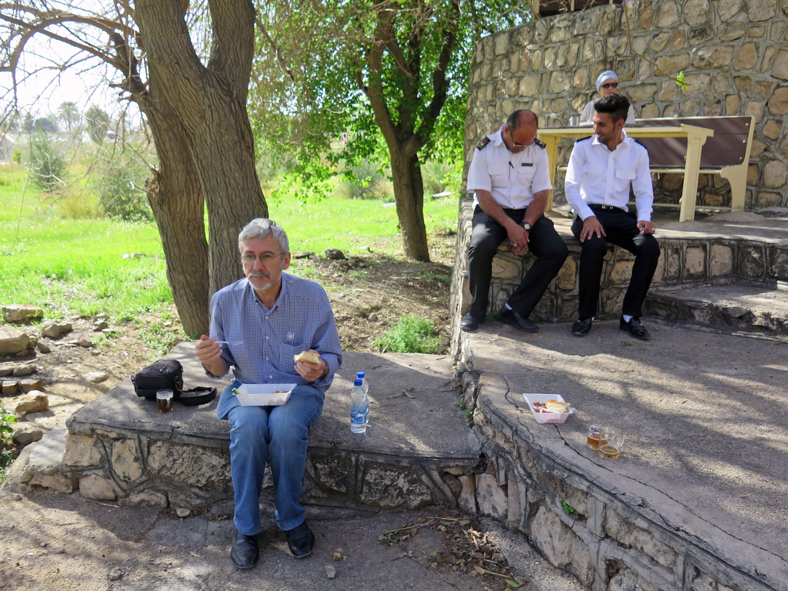 Picknick in Bishapur - Iran
