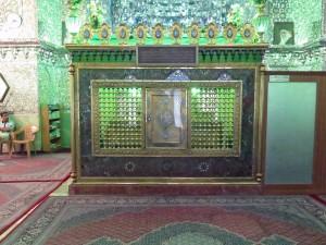 Sarkopharg in einem iranischen Heiligtum